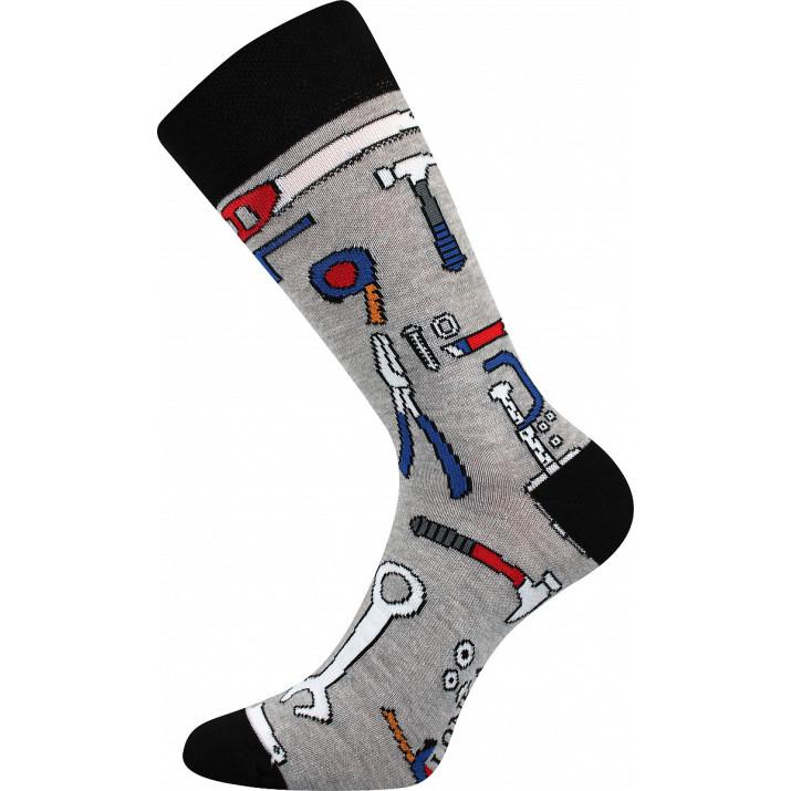 Barevné ponožky nářadí
