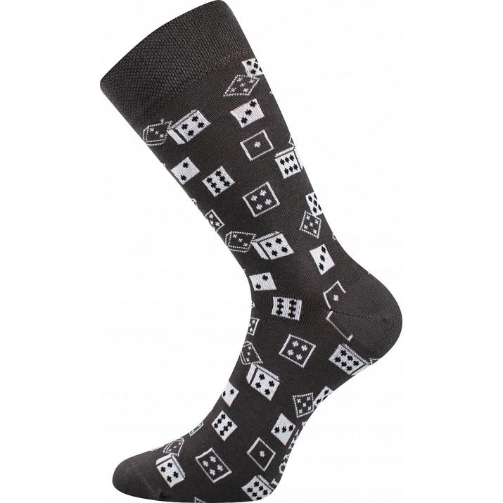 Barevné ponožky hrací kostky